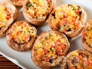 Рецепта Коктейлни хапки - пълнени гъби печурки с кускус, шунка и босилек